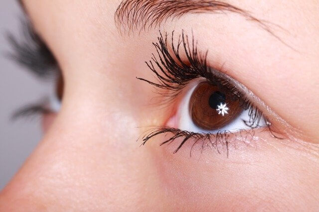 10 Best Eye Pads for Eyelash Extensions (2020)